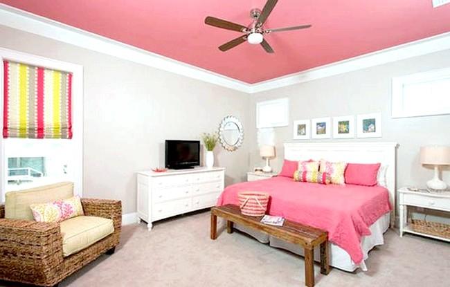 15 ідей для створення казкової дитячої кімнати: Такого ж ефекту можна домогтися за допомогою рожевого кольору. Дизайнери вибрали не кричущу фуксію, а більш спокійний кораловий - такий
