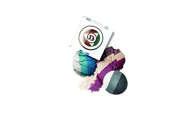 19 засобів для підготовки до випускного балу: Тріо запечених тіней для повік marykayatplay ™ Тріо гармонійно поєднаних відтінків допоможуть реалізувати найсміливіші фантазії в макіяжі
