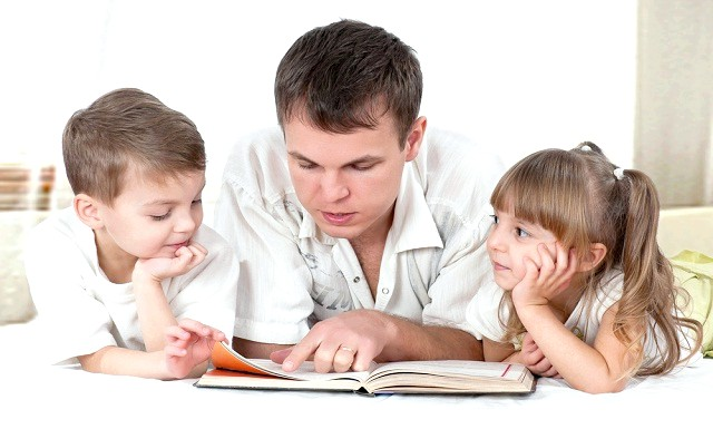 9 заповідей виховання дитини: 1. Не чекай, що твоя дитина буде таким, як ти. Або - як ти хочеш. Виховання має допомогти йому стати