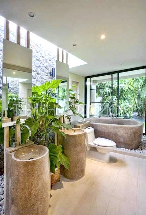 Брутальний акцент в інтер'єрі ванної кімнати: Кам'яна ванна і предмети інтер`єру