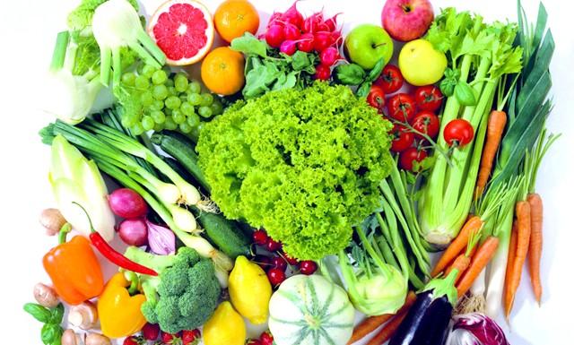Чим нагодувати зір: Вітамін А захищає від гемералопії («куряча сліпота»), запобігає сухості очей - у фруктах і овочах жовтого, червоного, зеленого і оранжевого