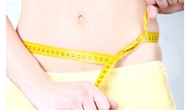 Чим харчуватися після тренувань: Після інтенсивної фізичної активності нам потрібні рідину і вуглеводи. Мета харчування після тренувань полягає в тому, щоб замінити те саме