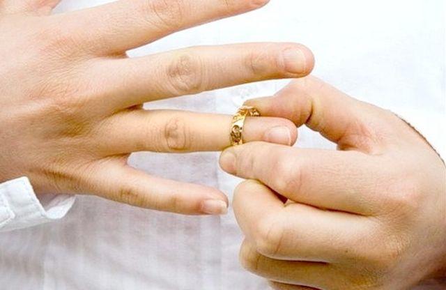 Що потрібно знати про мито за розлучення?
