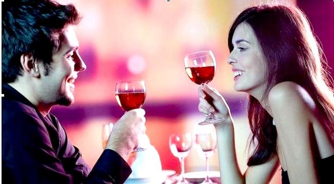 Що приготувати на романтичну вечерю ?: А тепер перейдемо до того, що приготувати на романтичну вечерю з їжі. Вона ж теж повинна пробуджувати бажання і бути