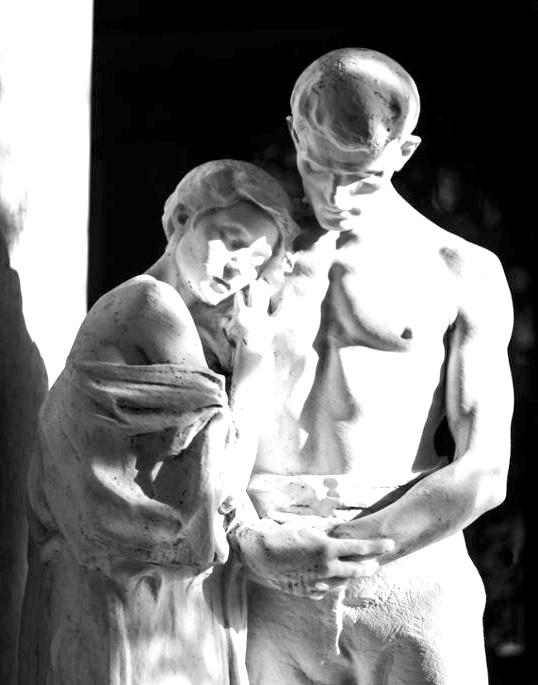 Десять найбільш чуттєвих скульптур закоханих: Навіки вместеЕта скульптура - одне з надгробків монументальних кладовища Мілана, який налічує вже більше ста сорока років.