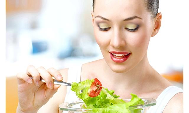 Дієтологи радять перестати рахувати калорії: Досліди на мишах показали, що харчування сирої і вареної їжею однаковою калорійності по-різному впливає на тварин. Ті, кого годували сирим