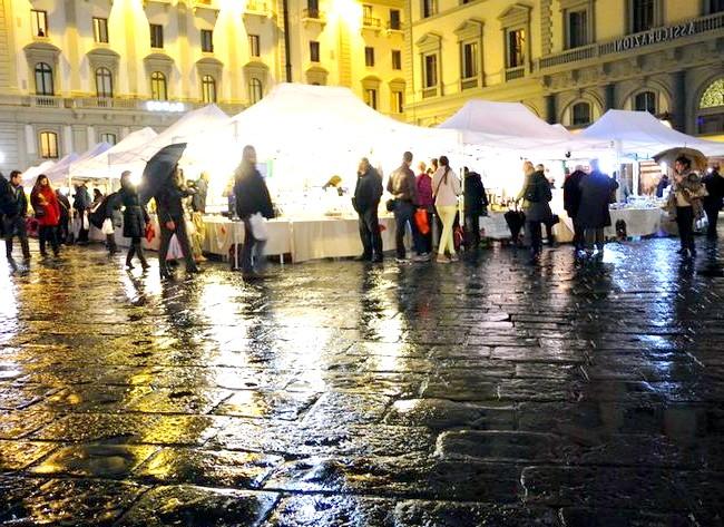 Дощова Флоренція: ... і ярмарок