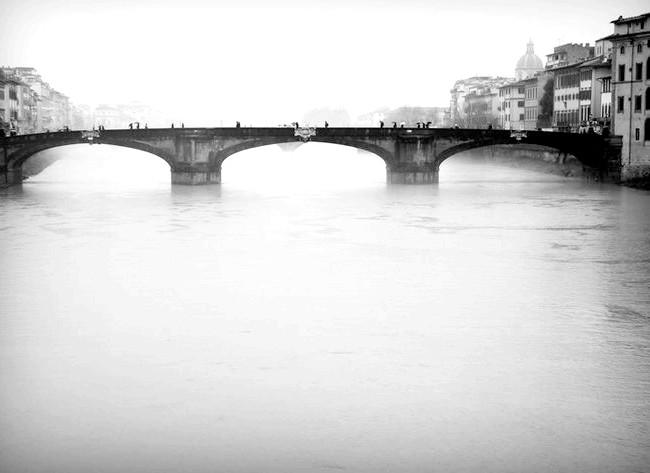 Дощова Флоренція: Вид на Ponte alle Grazie