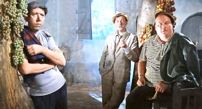 Двадцять комедій для зимового вечора: Операція «И» та інші пригоди ШурікаПервий із серії повнометражних шедеврів Гайдая. Нехай у цьому фільмі немає