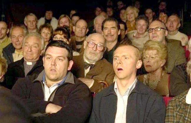 Двадцять комедій для зимового вечора: Типа круті легавиеКрутого полісмена Ніколаса Енджела переводять з респектабельного Лондона в якийсь богом забуте містечко Сенфорд.