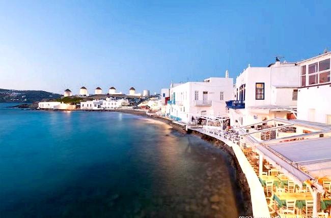 Європейські Багами: грецький острів Міконос: Тут будинки ростуть прямо з води, а з балкона можна ловити рибу