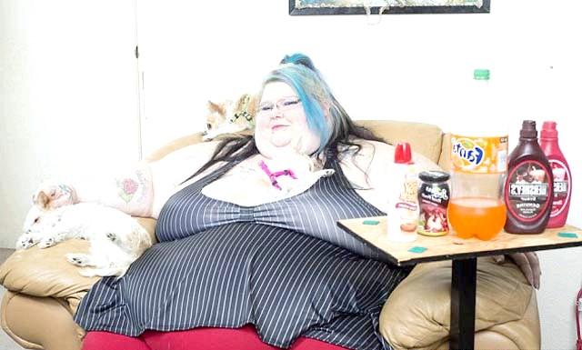 Гамбургери і чіпси - шлях до гламуру: Протягом багатьох років Христина Паес з Медфорда, штат Орегон, зловживала тістечками і чіпсами. Її не зупиняли ні проблеми зі