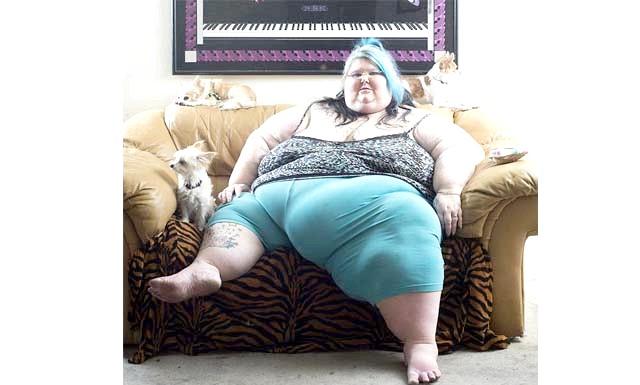 Гамбургери і чіпси - шлях до гламуру: У 2003-му році вона відключила від системи життєзабезпечення свою дочку Марібеллу. Через ускладнення під час пологів мозок дівчинки виявився пошкоджений