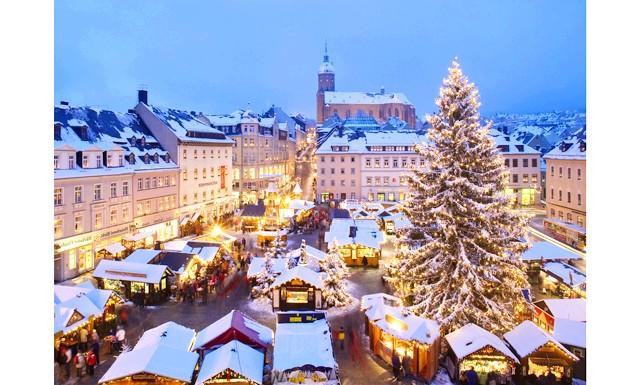 Німеччина запрошує на різдвяні ярмарки: Протягом місяця, з 26 листопада по 26 грудня, у місті Людвігсбург пройде ярмарок в стилі бароко. Місцем проведення ярмарки