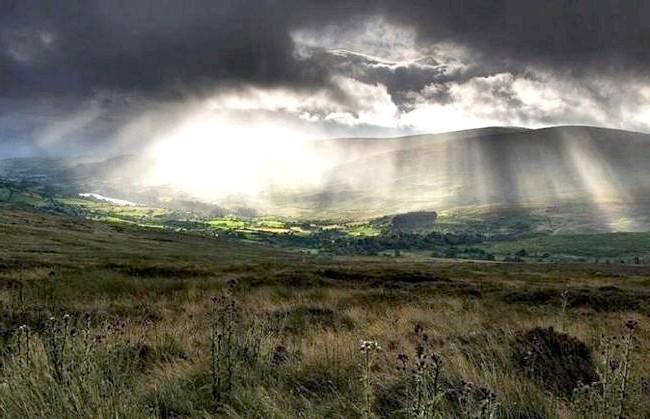 Ірландія - рай для мандрівників: [i] Небо над пагорбами [/ i]