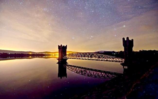 Ірландія - рай для мандрівників: [i] Водосховище в місті Уіклоу [/ i]