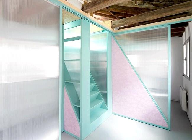 Іспанська мінімалізм: як жити в квартирі без меблів: Принцип був простий - дизайнери вирішили не обмежуватися старими перевіреними хитрощами начебто комори під сходами і задіяли також весь вільний