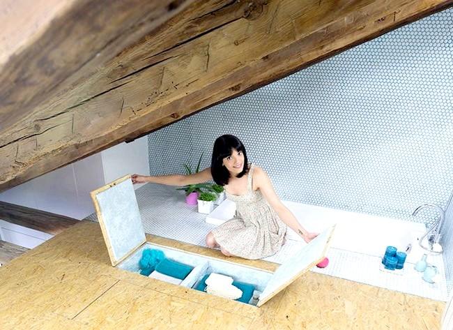 Іспанська мінімалізм: як жити в квартирі без меблів: