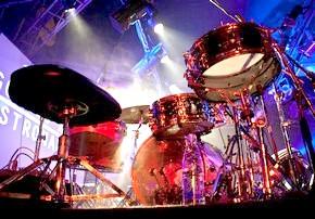 З чого складається барабанна установка? Замітка для початківців ударників.