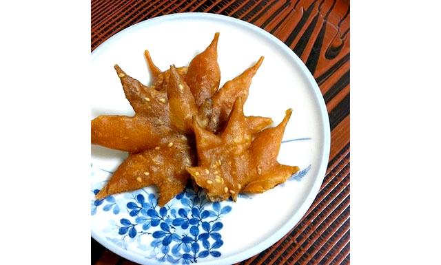Вишукані смажені кленове листя з Японії: