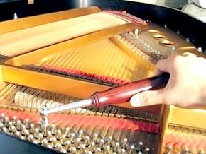 як налаштувати фортепіано