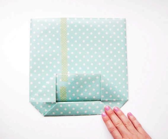 Як зробити оригінальні подарункові пакети своїми руками: