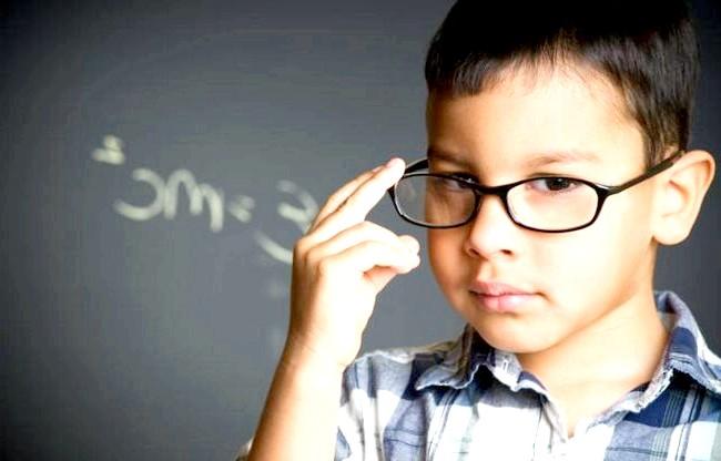 Як виростити розумну дитину: як виявилася У ДИТИНУ приховані таланти? «Обдарованість діагностується тестом на інтелект, але його критикують за вузькість, - розповідає