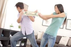 Розділ боргів між подружжям при розлученні