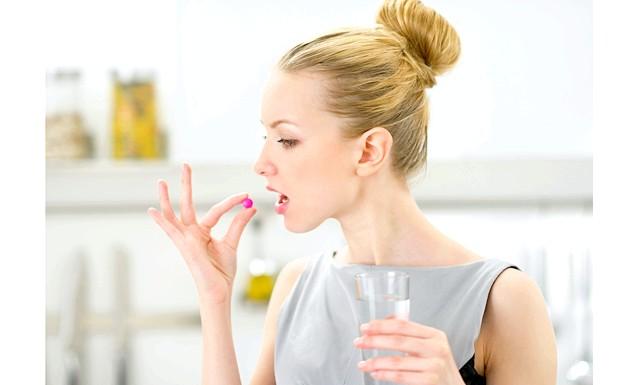 Які вітаміни корисні жінкам ?: