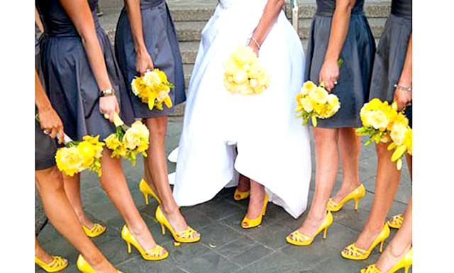 Який колір вибрати для весілля в 2013 році: Рожевий колір надає легкості, природності і романтики. Він дуже витончено поєднується з білим або м'ятним. Не важливо, яке поєднання виберете