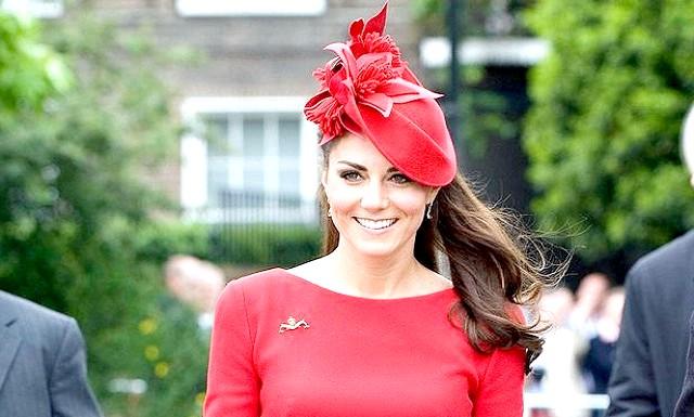 Кейт Міддлтон визнана красунею року: Дружина британського принца Вільяма, яка в даний момент чекає спадкоємця (або спадкоємицю), безумовно, заслуговує звання найкрасивішої жінки року, відзначають журналісти