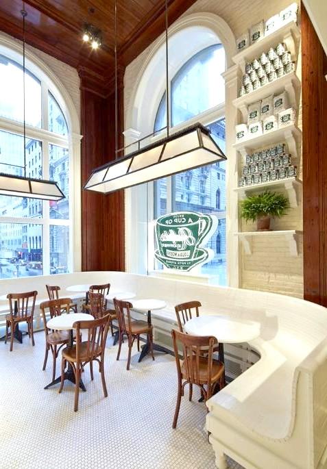 Кава від Ральфа Лорена: За словами модельєра, аромат свіжозвареного кави пробуджує в людях приємні спогади про час, проведений із близькими людьми, тому він хоче,