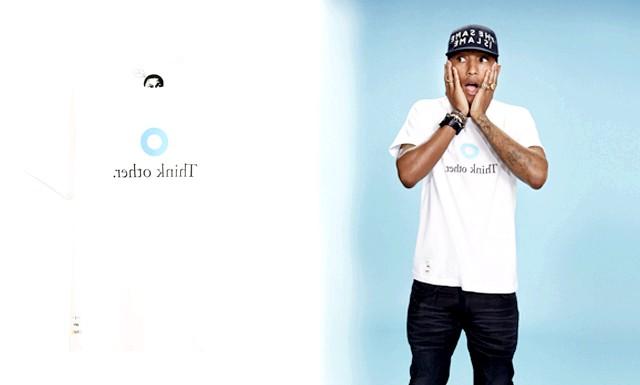 Колаборація Pharrell Williams х UNIQLO: Колекція UT весна-літо 2014 включає близько 35 тематик, представлених в 1200 кольорах і кольорах. У неї також входить лінійка