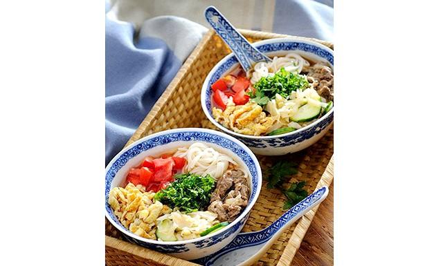 Кукси - холодний корейський суп