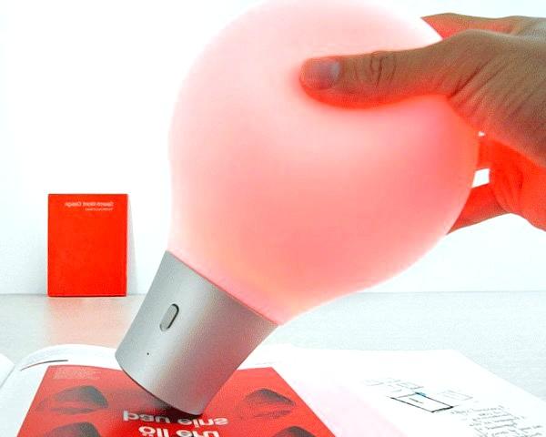 Лампа, що імітує кольори: