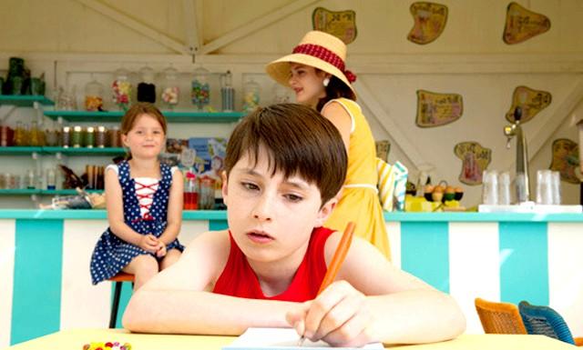 Літні канікули в листопаді: Фільм знятий за мотивами твору Жан Жака СЕМП і Рене Госсини