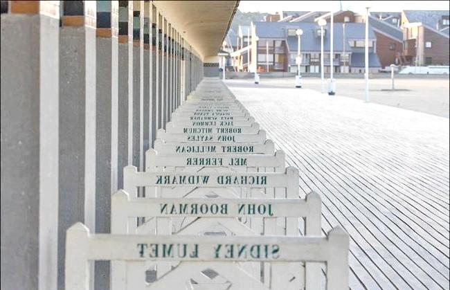 Улюблений пляж світової кінобогеми: Другий сплеск уваги Довіль пережив у середині минулого століття завдяки оглушливого світового успіху фільму