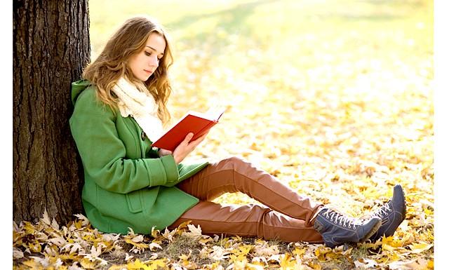 Кращі книги цієї осені: Редакція Еви.Ру представляє вам 11 кращих книг цієї осені, які захоплять навіть найвибагливішого читача: Роман