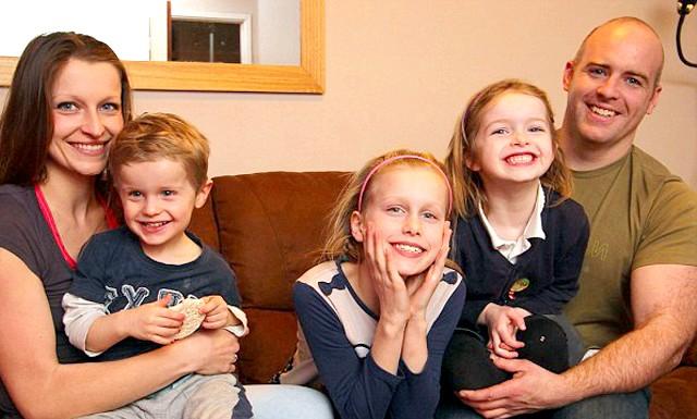 Мати трьох дітей розповіла, як схуднути на 6 розмірів: Марсела, мешканка британського містечка Бремптон в графстві Кембриджшир, заміжня за Пітером Граковим. Вони - щасливі батьки трьох дітей: восьмирічної Іванни,