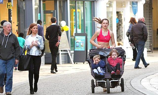 Мати трьох дітей розповіла, як схуднути на 6 розмірів: Коли її молодшому синочкові було всього 11 днів, жінка вирішила розпочати процес активного схуднення. Марсела хотіла повернути струнку фігуру