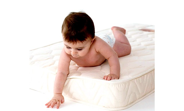 Матраци з пінополіуретану небезпечні для дітей