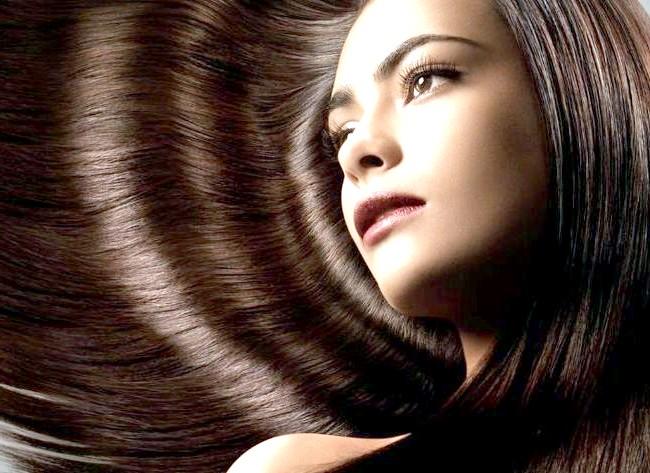 Медики дали поради, як зробити волосся гладкими: Використання занадто великої кількості шампуню і занадто часте миття волосся - це помилки у догляді за волоссям. На думку трихолог,