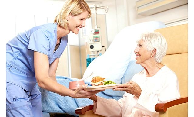 МОЗ затвердило наказ про нові норми лікувального харчування: МОЗ затвердило новий наказ про лікувальному харчуванні, пояснивши це тим, що до складу компонентів для приготування страв дієтичного харчування також