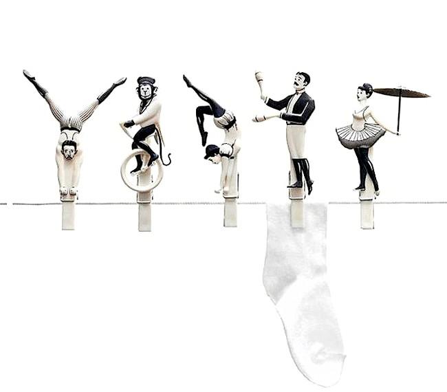 Незвичайні ідеї для дому: Випрані носочки і трусики нехай стережуть циркачі