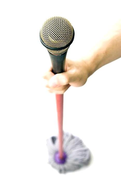 Незвичайні ідеї для дому: І прибирання буде веселіше з піснями