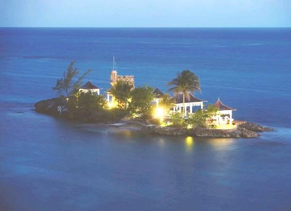 Незвичайні карибські курорти: Couples Tower Isle, ЯмайкаCouples Tower Isle - курорт для дорослих, де все включено, з чудовою кухнею