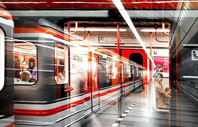 Нереальна реальність Ніколя Рюеля: Метро у Празі. Фотограф описує свою серію «8 секунд» як «мікрофільм», відображений в одному зображенні.