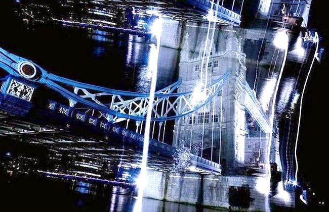 Нереальна реальність Ніколя Рюеля: Нереальний нічний Лондон у серії «8 секунд» Ніколя Рюеля.