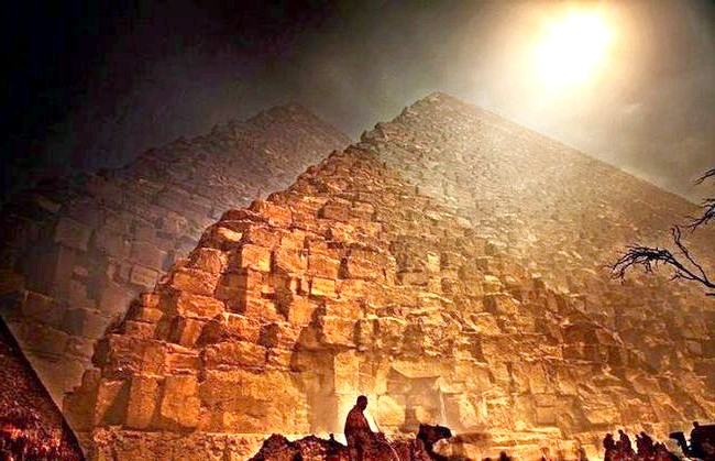 Нереальна реальність Ніколя Рюеля: Каїр. Проект «8 секунд» триватиме ще протягом кількох років, в які фотограф буде відвідувати всі нові