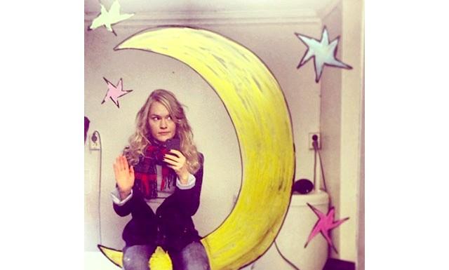 Норвезька художниця перетворила Селфі в мистецтво: